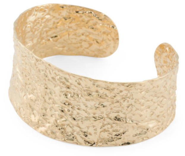 https://tjmaxx.tjx.com/store/jump/product/Made-In-Italy-Gold-Plated-925-Silver-Hammered-Large-Cuff-Bracelet/1000413065?skuId=1000413065685263